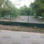 Сварной забор с профнастилом для парковки