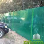 Забор из поликарбоната для автостоянки