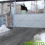 Откатные ворота из профнастила для цеха