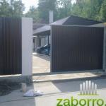 Фото откатных ворот на дачном участке