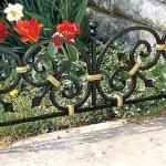 эксклюзивные кованые ограждения для газонов и клумб