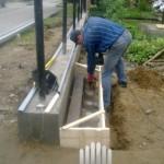 подготовка к бетонированию закладной для сдвижных ворот и подготовка к монтажу лаг на забор