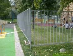 Сварное ограждение детской площадки в международной школе