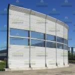 Комбинированный шумозащитный забор с козырьком, высотой 6,5м с шумоотражающими, светопрозрачными и шумопоглащающими экранами